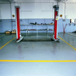 Бои за индустриални подове